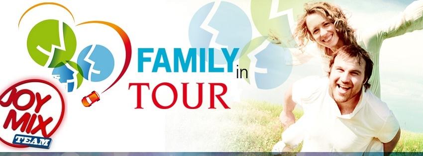 Una-famiglia-in-tour_Fb - Copia